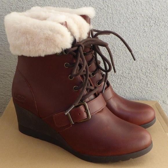 7a9b401e161 NEW UGG Women's Janney Wedge Boots 8